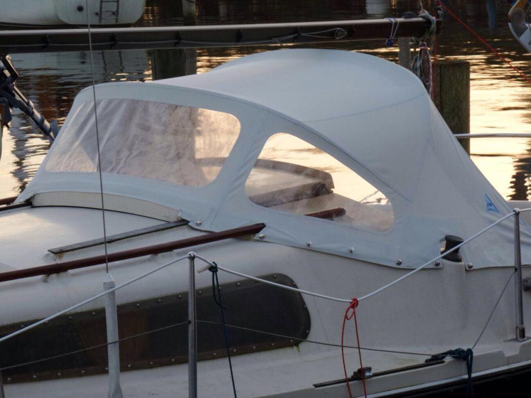 Buiskap wit zeiljacht zeilboot